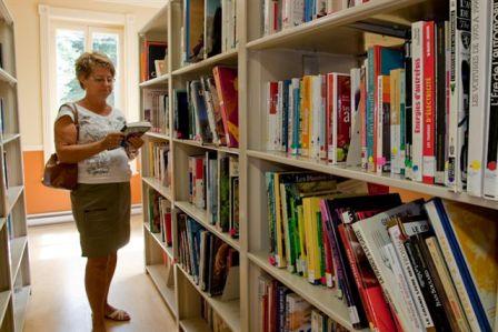bibliothèque intérieure Saint-Cyprien
